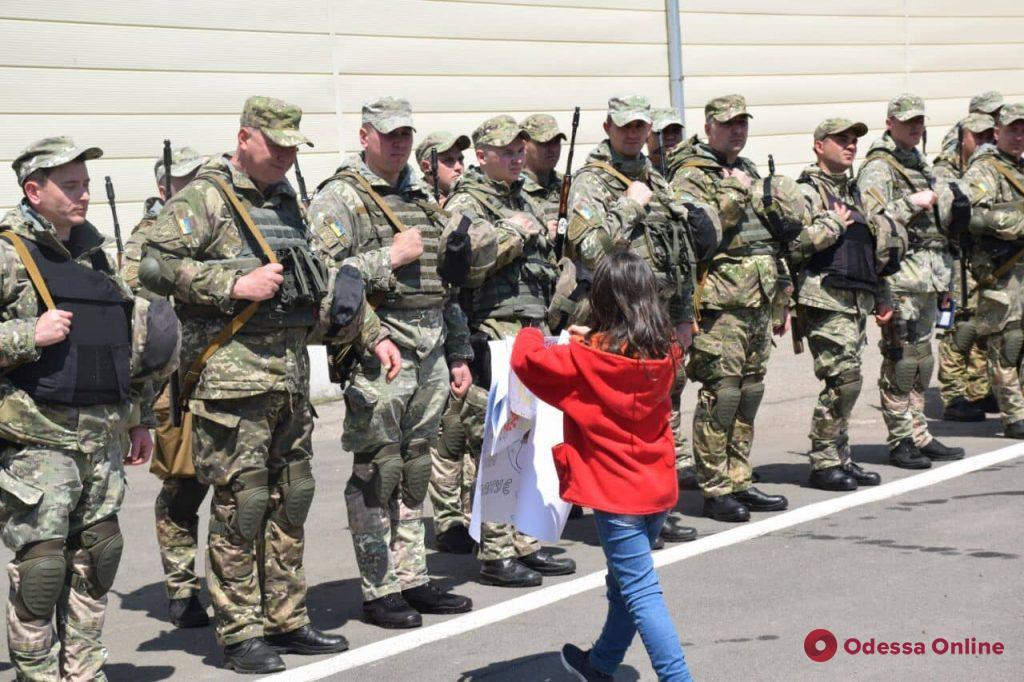 В Одессе на ротацию в зону ООС проводили 35 бойцов батальона «Шторм» (фото)