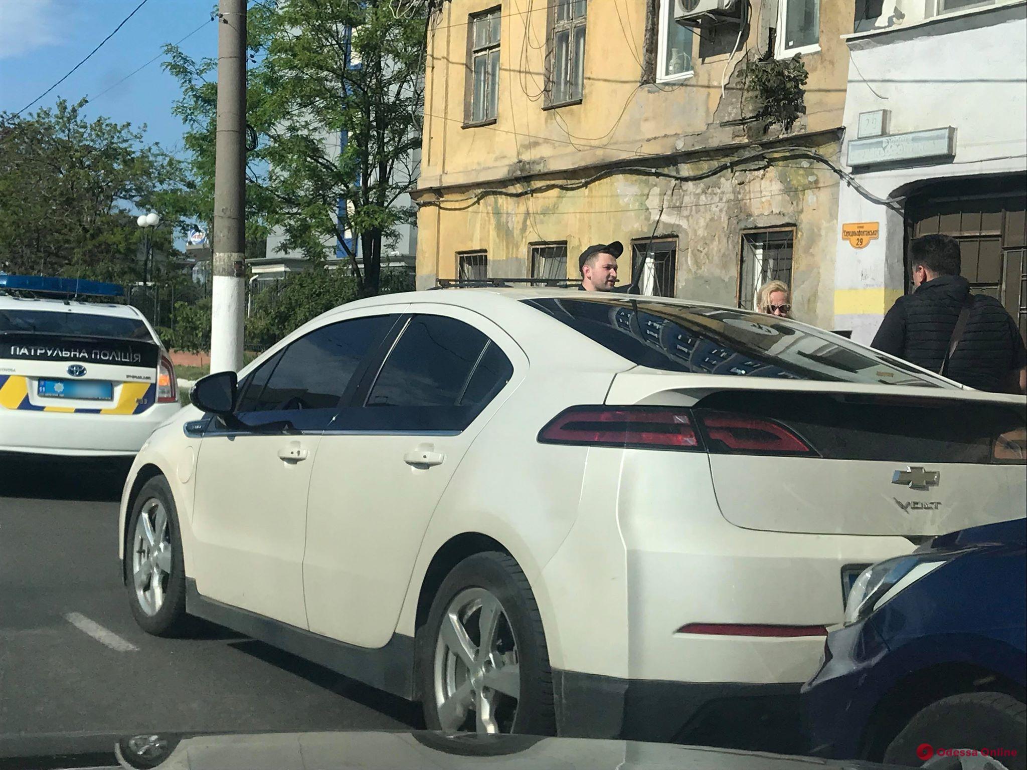 На Среднефонтанской из-за аварии образовалась пробка