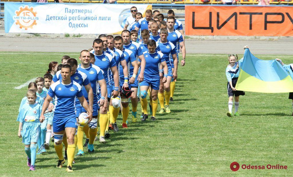 Регби: сборная Украины блестяще обыграла в Одессе сборную Швеции