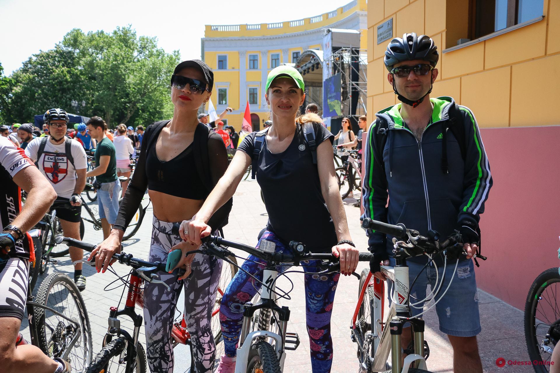 В Одессе прошел массовый велопробег