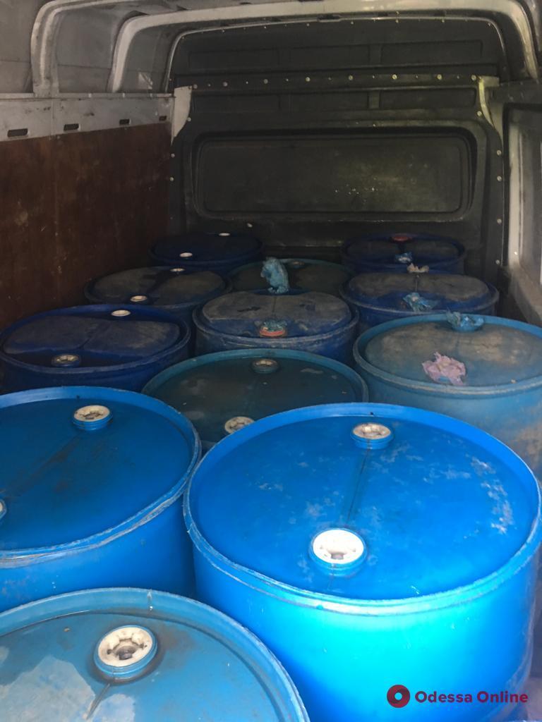 В Одесской области изъяли крупную партию контрафактного спирта