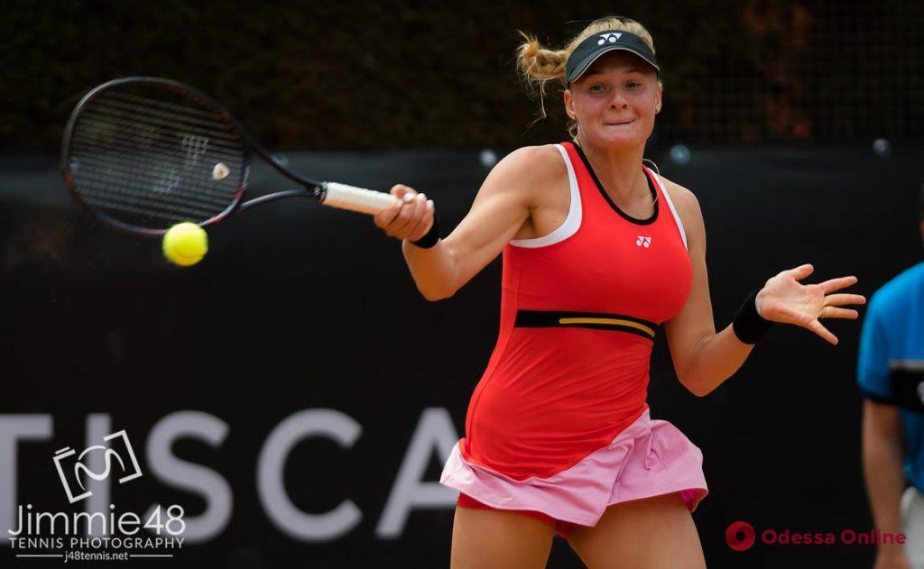 Теннис: юная одесситка блестяще выигрывает турнир в Страсбурге