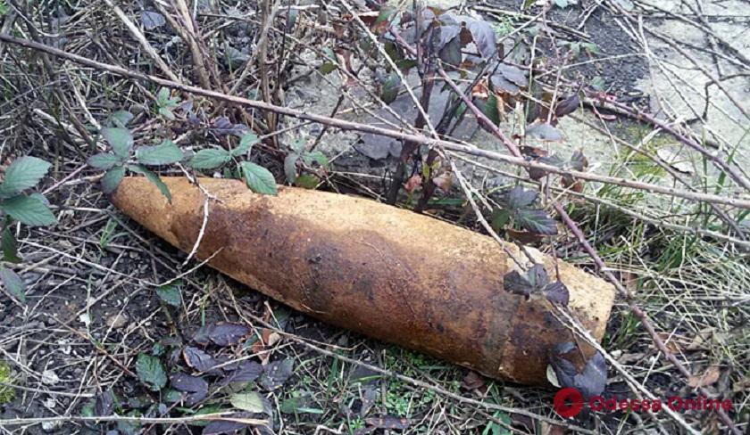 На Овидиопольской дороге нашли артиллерийский снаряд