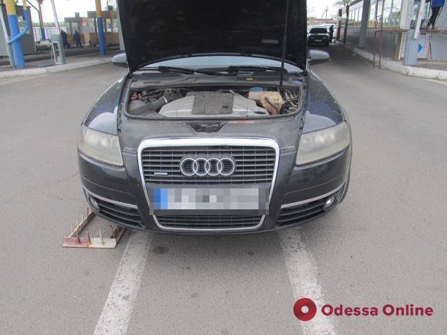 В Одесской области задержали угнанную в Болгарии Audi