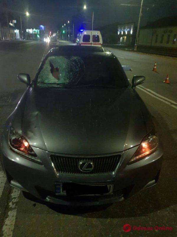 В Одессе Lexus насмерть сбил пешехода