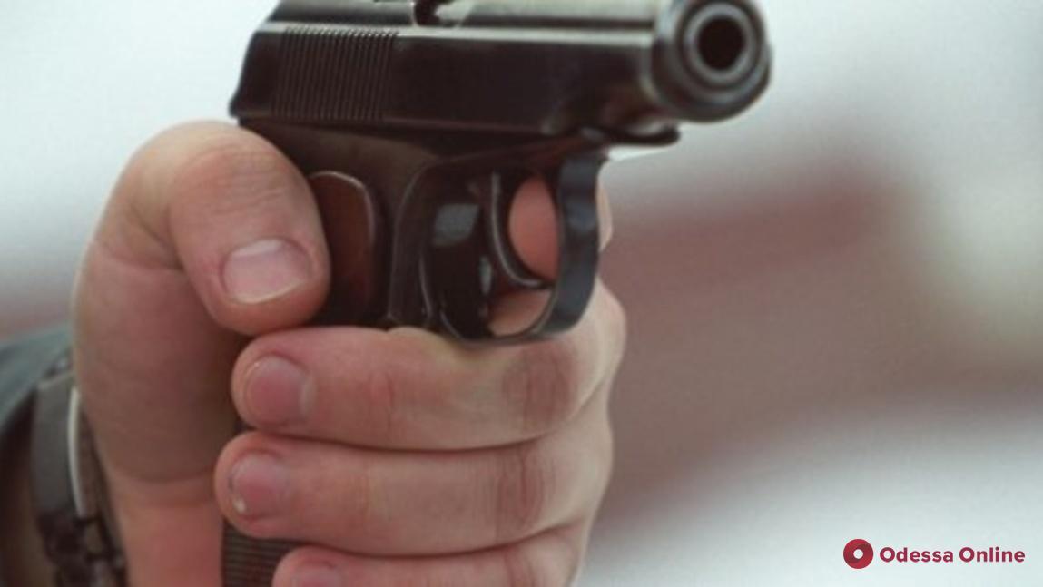 Одессит поссорился с приятелем и выстрелил ему в голову