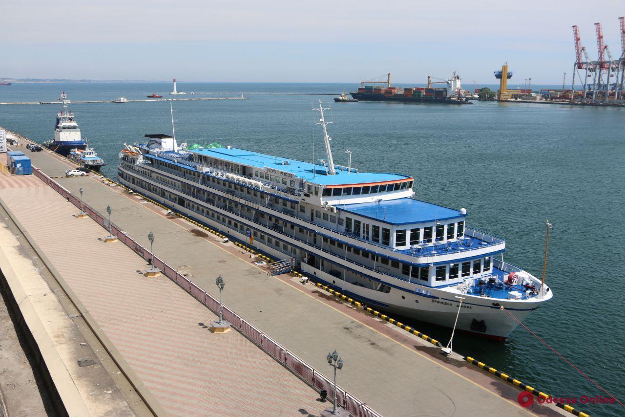 В Одесском порту пришвартовалась «Принцесса Днепра» (фото)