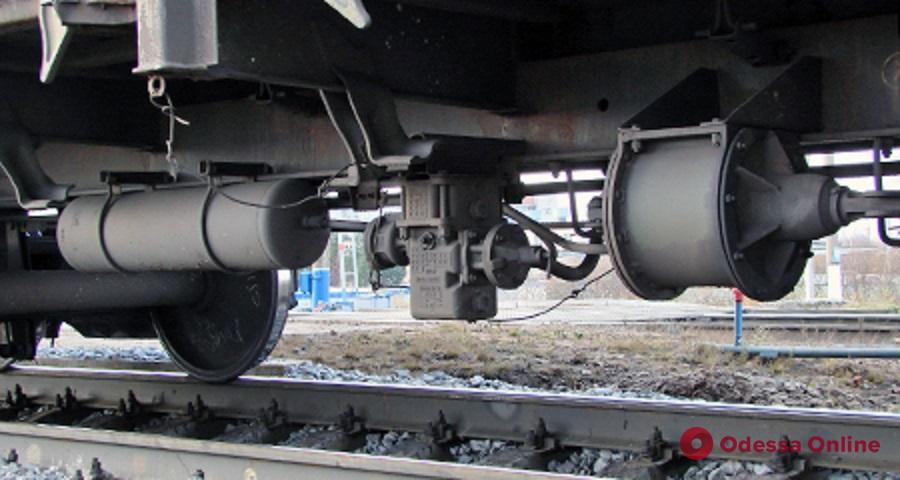 В Одессе задержали расхитителей оборудования пассажирских поездов