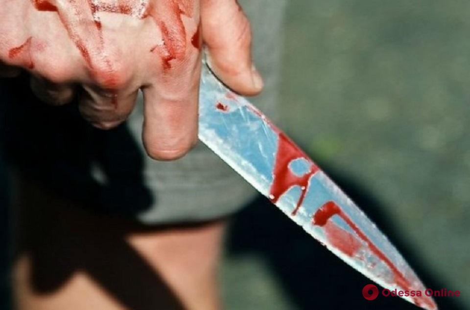 Очевидцы пьяной драки не дали «гостю города» зарезать одессита