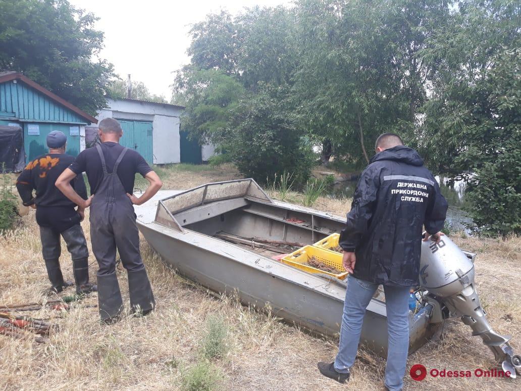 Ловили раков: на Днестровском лимане задержали браконьеров