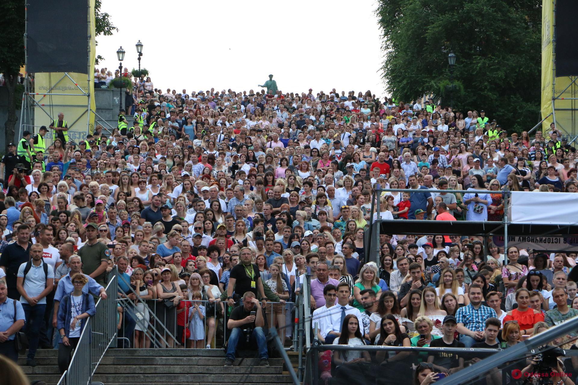 Тысячи горожан пришли на Большое одесское вече (фото, видео)
