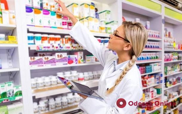 Продавали контрабандные и некачественные лекарства: в Одесской области закрывается известная сеть аптек