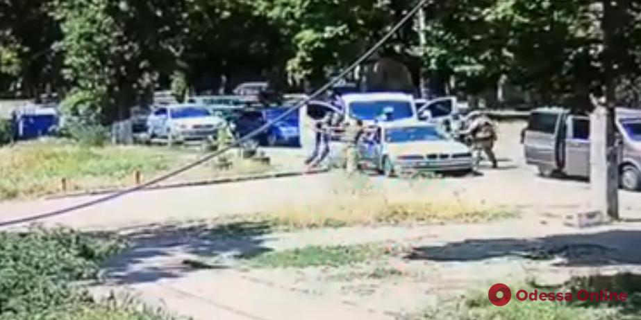 В Одессе СБУ задержала торговца оружием (видео)