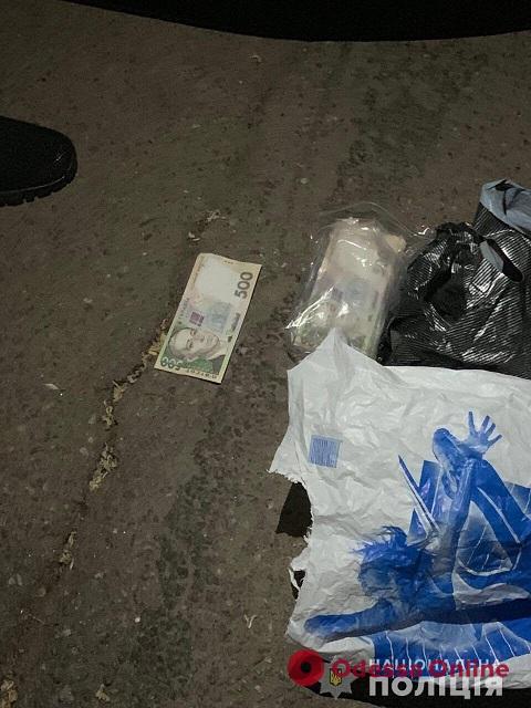 В Одессе с погоней и стрельбой задержали мошенника