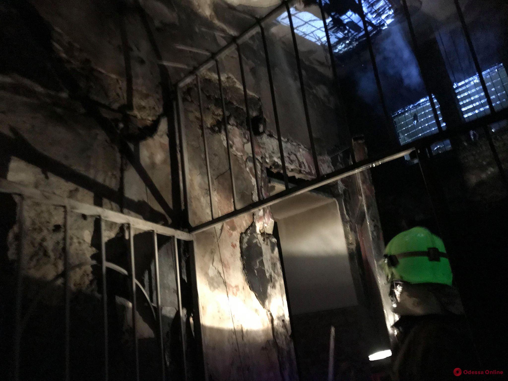 На Софиевской горела трехэтажка – жильцов эвакуировали
