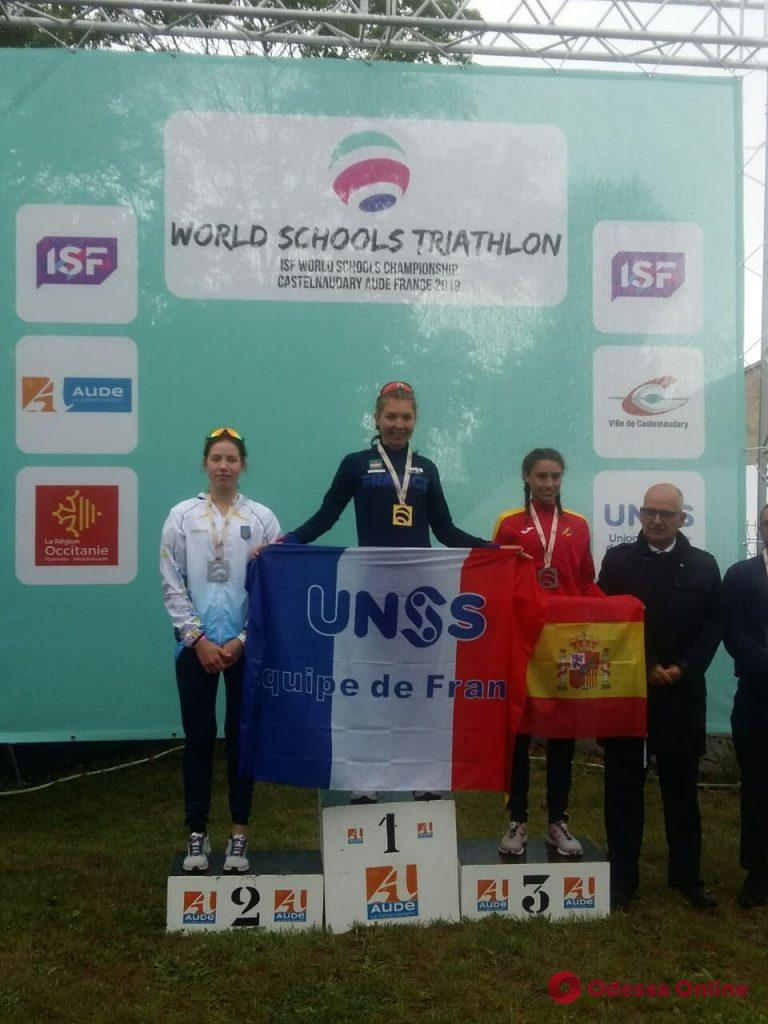Триатлон: одесситы завоевали медали чемпионата мира среди школьников