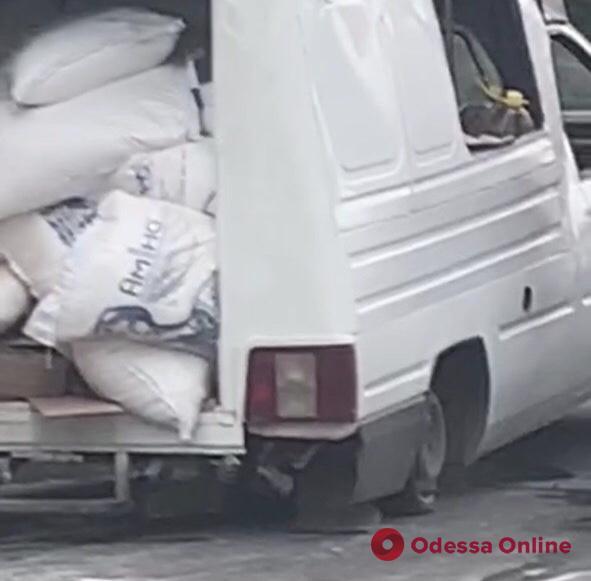 Движение по Овидиопольской дороге затруднено из-за ДТП