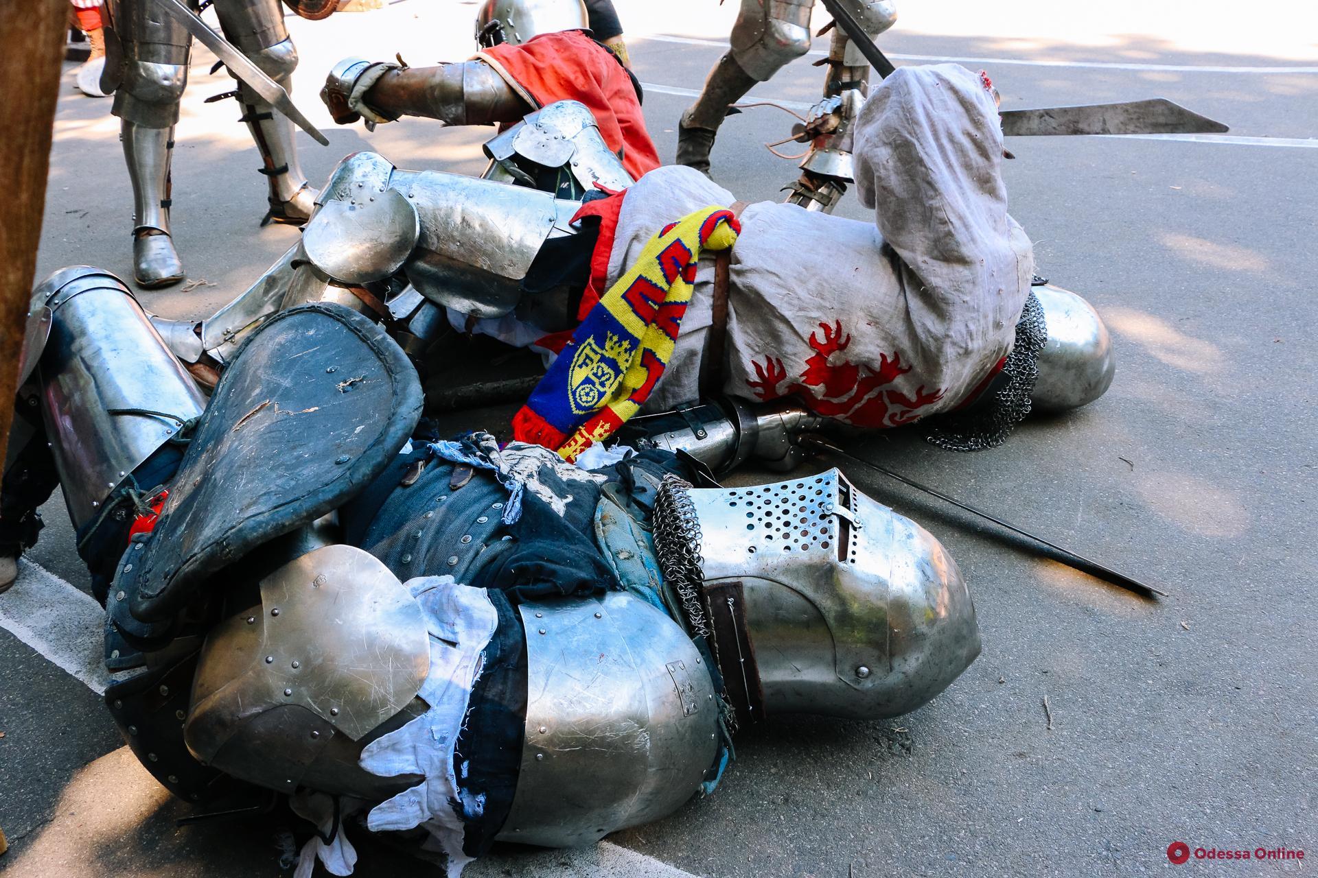 В Одессе проходит фестиваль средневековой культуры (фото)