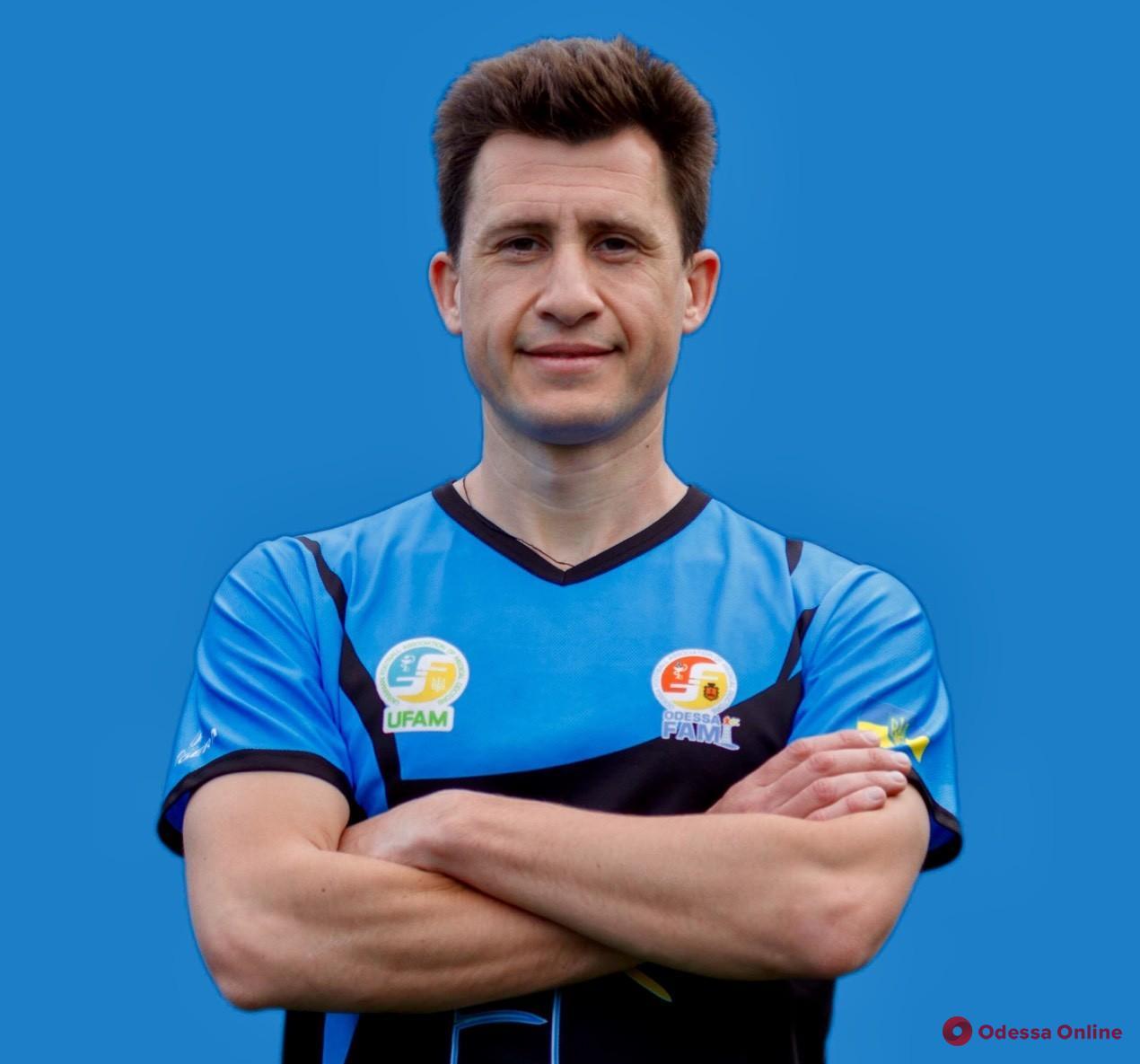 Одесский стоматолог-хирург примет участие в чемпионате мира по футболу