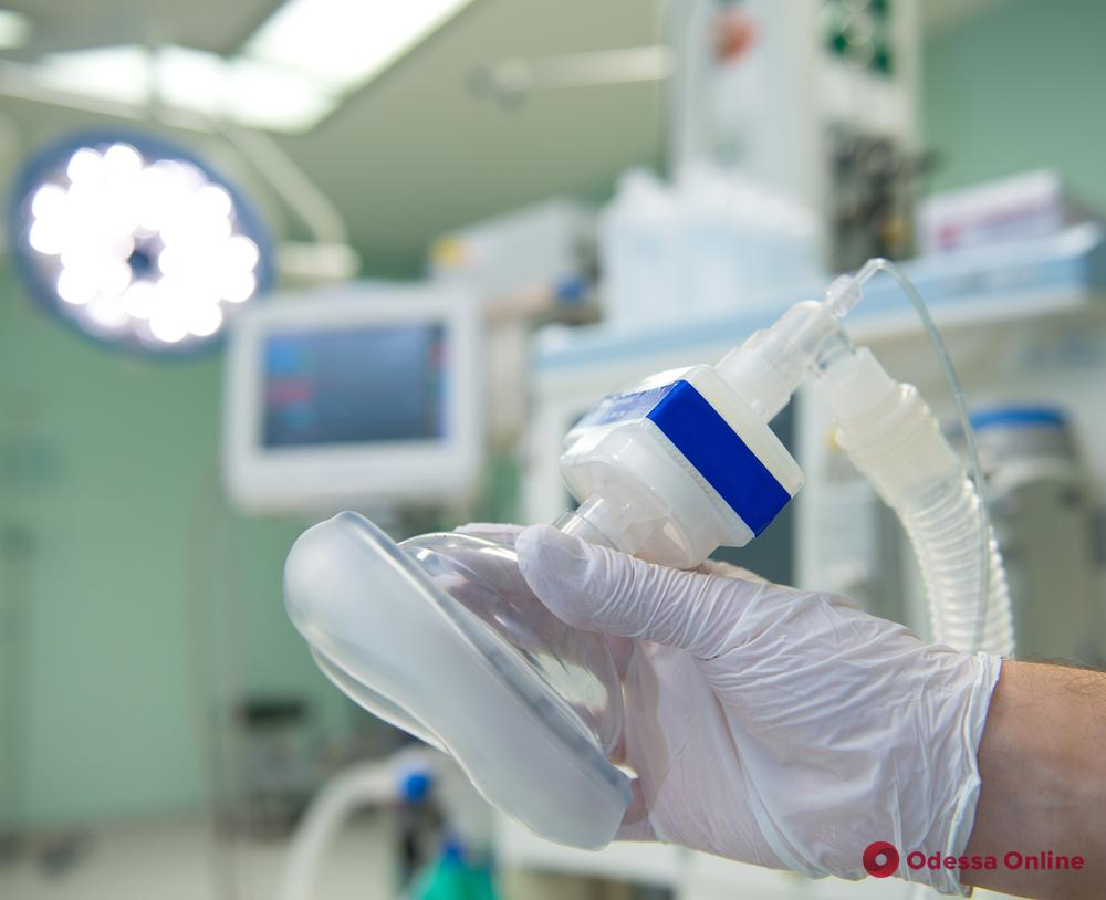 Смерть пациента: четырех одесских врачей отправили под домашний арест за халатность (обновлено)
