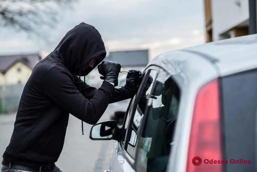 В Одессе поймали двух автоворов