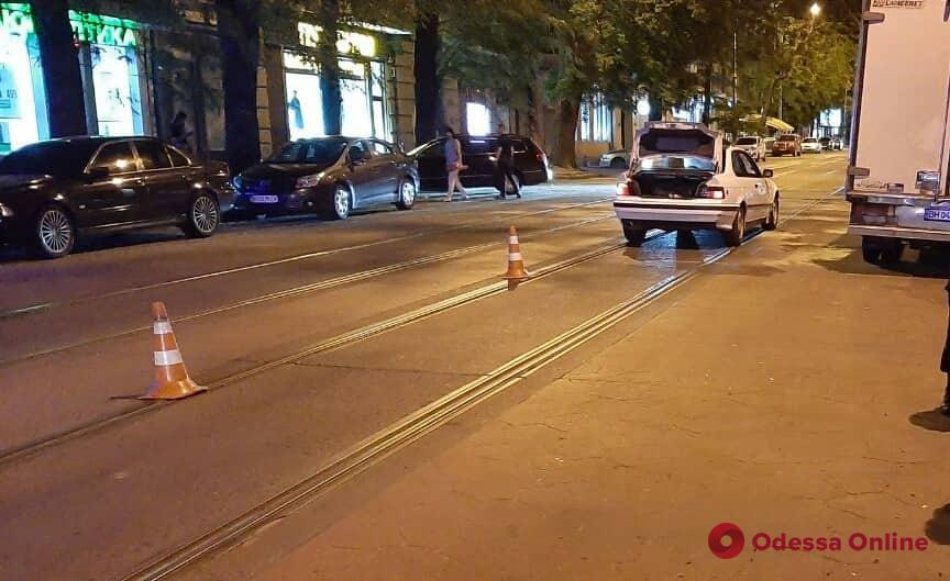 В центре Одессы BMW сбил мужчину