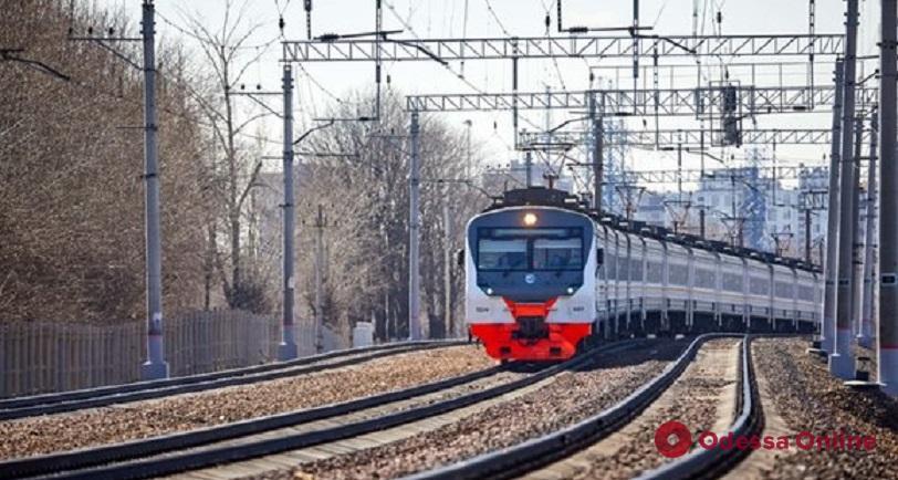 Под Одессой поезд насмерть сбил мужчину (обновлено)