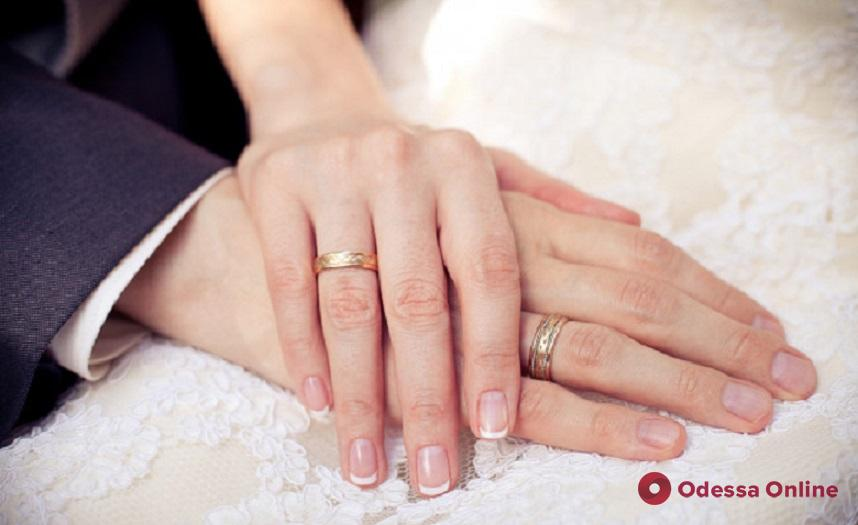 Свадьба в «Лефортово»: одесситка и пленный моряк поженились в СИЗО