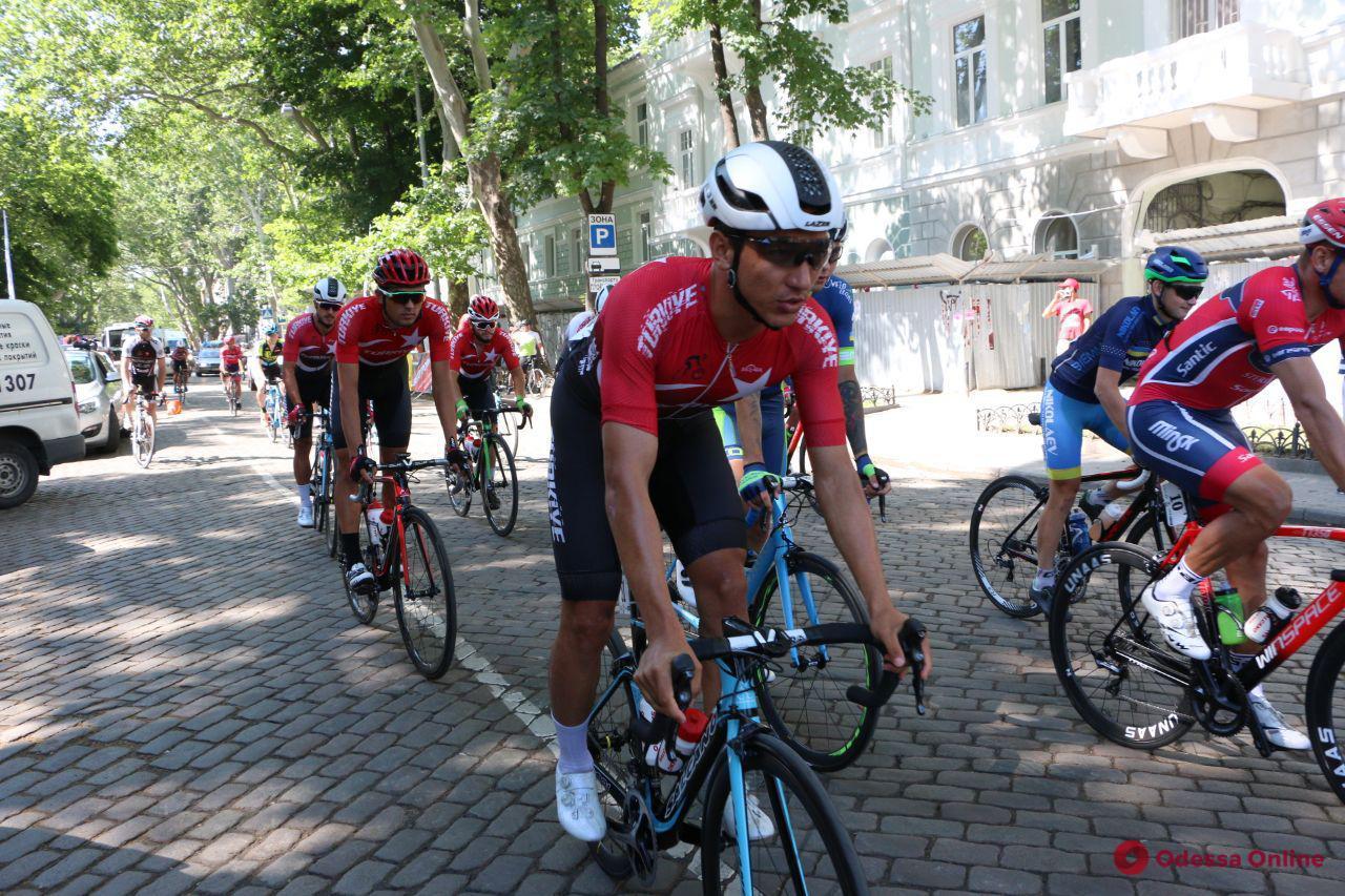 В Одессе стартовала велогонка «Тур де Рибас» (фото)