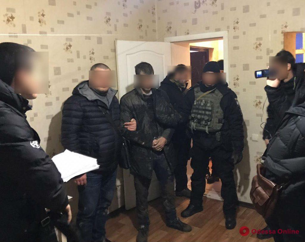 В Одессе будут судить банду серийных школьных воров