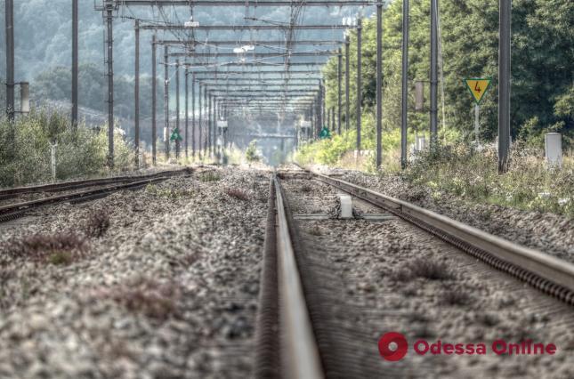 С начала года на Одесской железной дороге погибли 28 человек