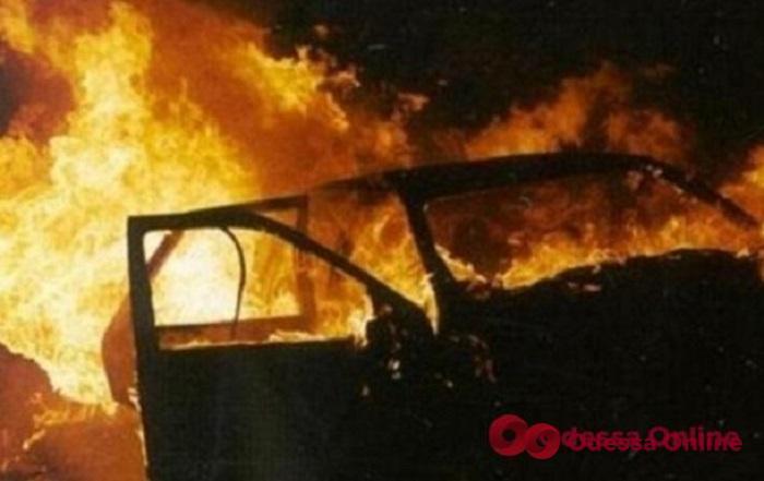 В Одессе задержали поджигателя авто в Аркадии
