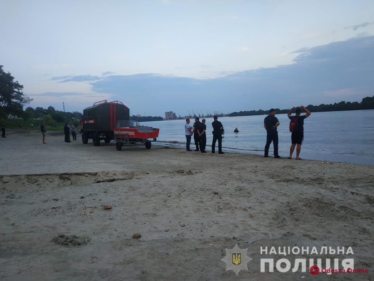 Купался в реке и начал тонуть: в Измаиле ищут 17-летнего парня