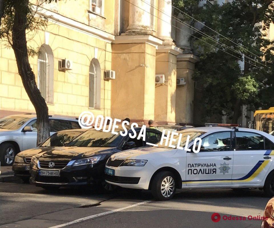 Автомобиль полиции попал в ДТП в центре Одессы