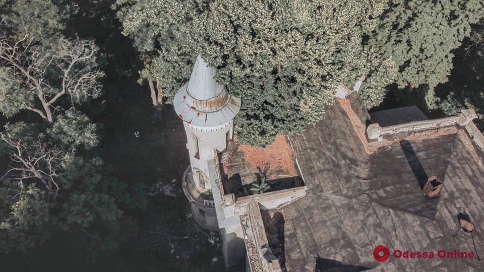 На Французском бульваре появится «замок монстров»