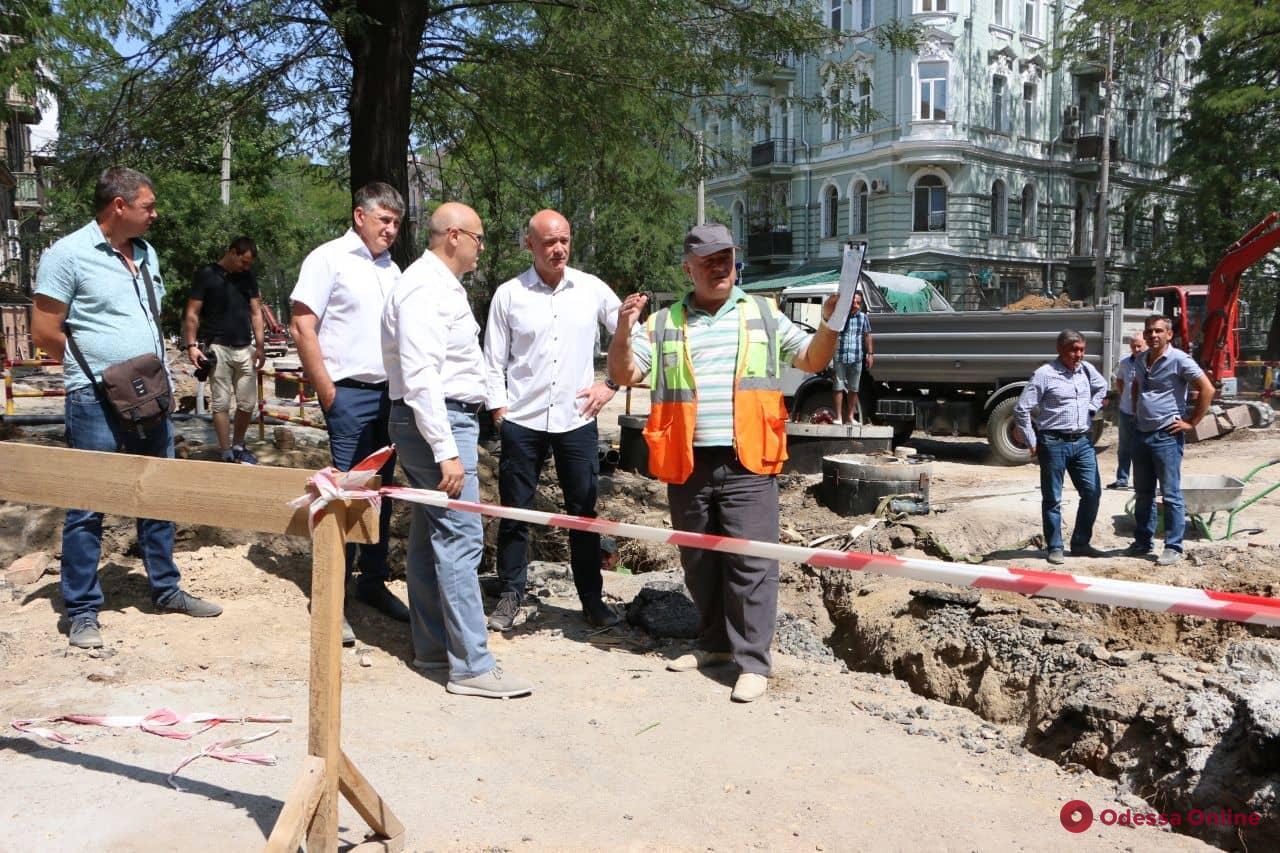 Ремонт улицы Софиевской планируют завершить в ноябре