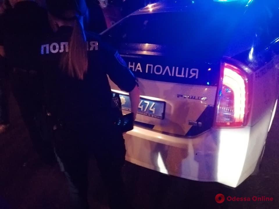 «Лексус» и газовый баллончик: на Таирова произошла потасовка из-за ребенка на самокате