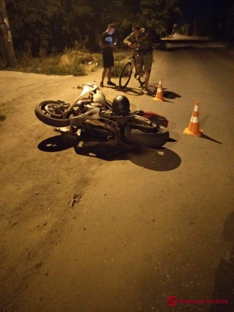 На окраине Одессы сбили мотоциклиста