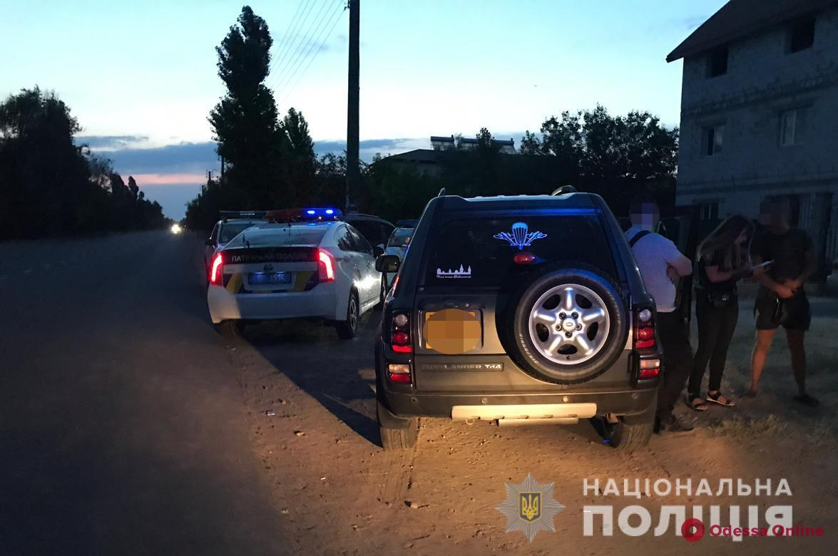 В Затоке несколько экипажей полиции ловили пьяного водителя