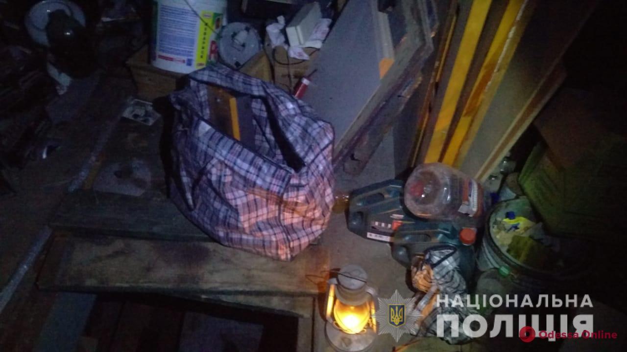 В Одесской области бдительный сосед помог задержать гаражных воров-рецидивистов