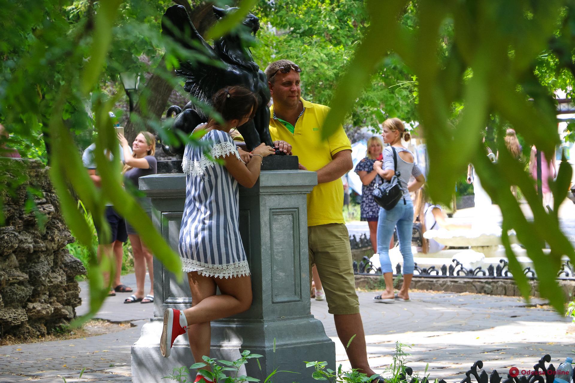 Город в лицах: прогулка по старой Одессе (фоторепортаж)