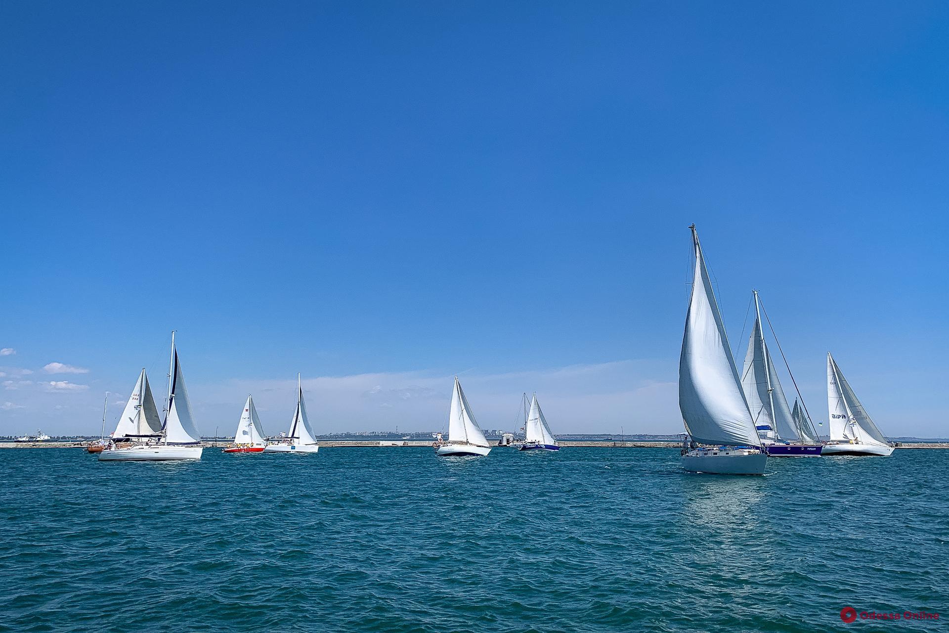 В Одессе проходит парусная регата «Кубок портов Черного моря» (фото, видео)