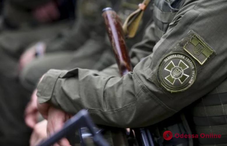 Одесса: стрелявший в себя нацгвардеец скончался в больнице