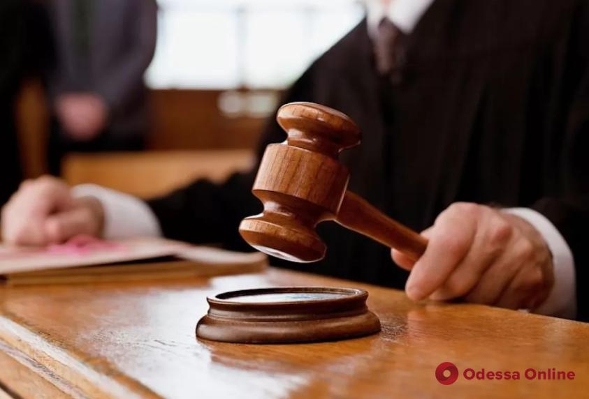 Суд оставил под стражей виновника смертельного ДТП возле Гребного канала