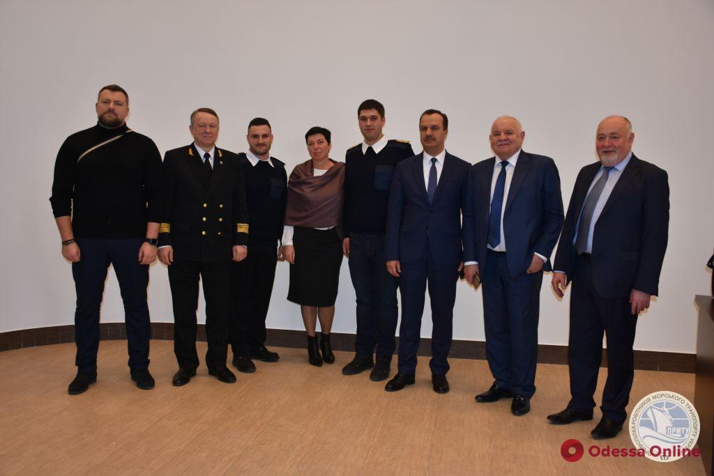 Одесский моряк получит награду в Лондоне за спасение танкера от пиратов