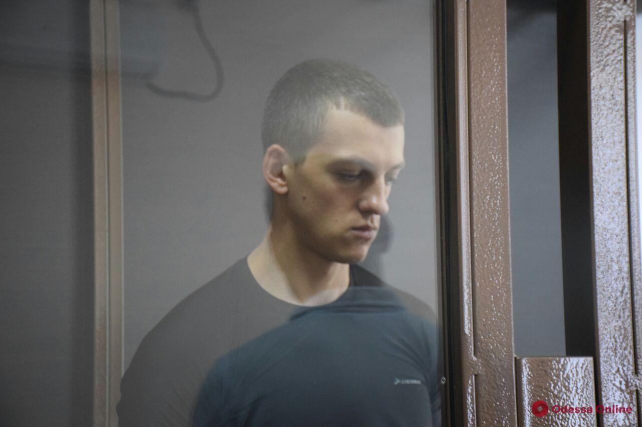 Одесский суд отправил в СИЗО охранника, убившего посетителя ночного клуба