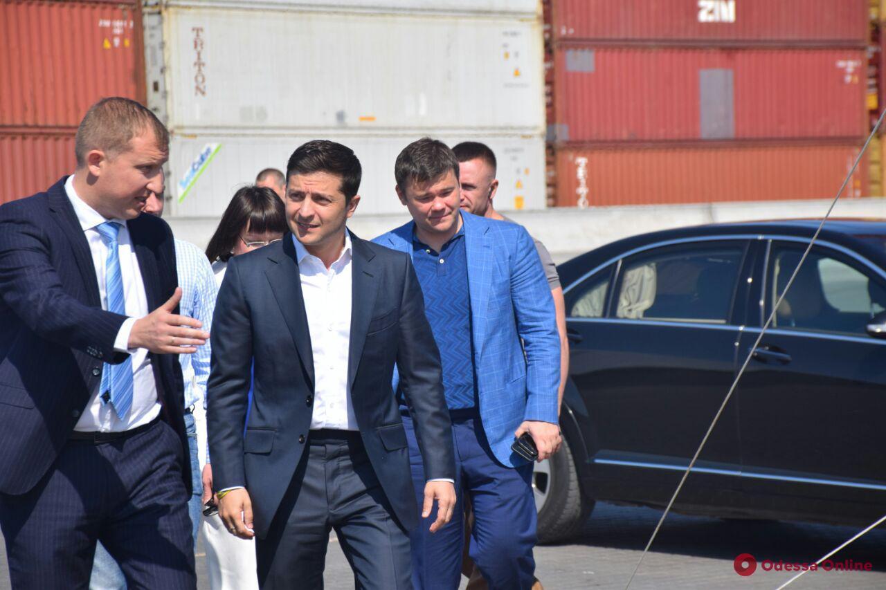 Зеленский прибыл в Одесский порт (фото, видео)