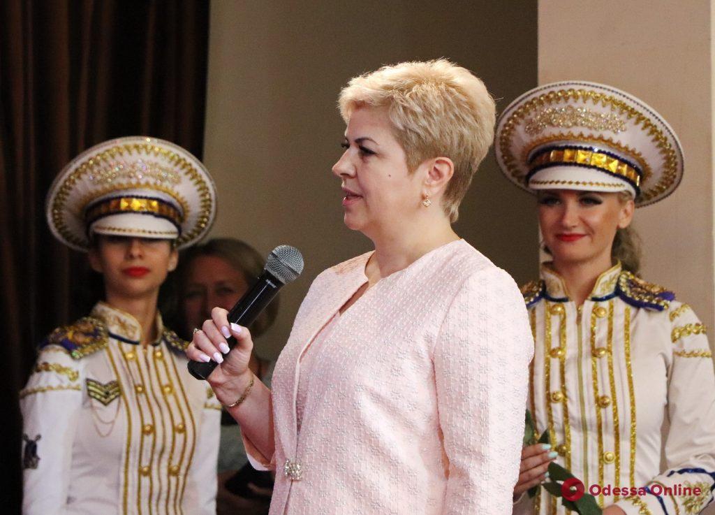 Одесская семейный врач получила в подарок квартиру от города