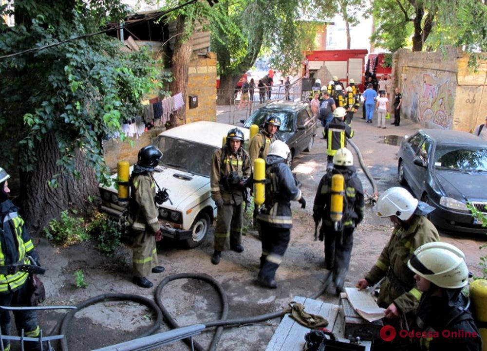 Утром на Молдаванке тушили пожар