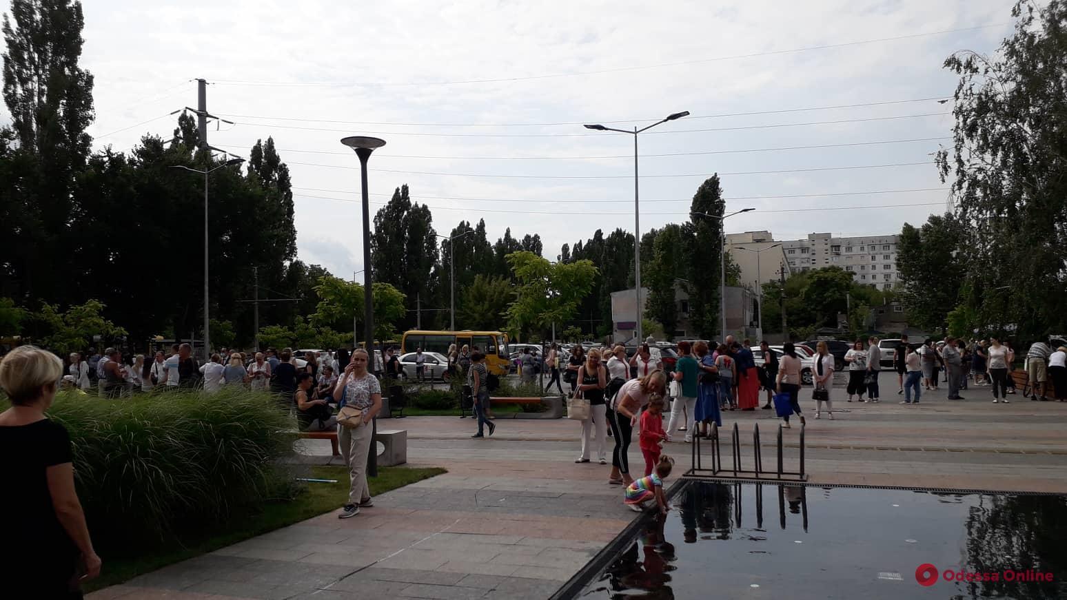 Третий раз за неделю: в Одессе ищут бомбу в новой мэрии